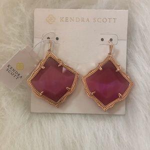 NWT Kendra Scott Kirsten Gold Drop Earrings